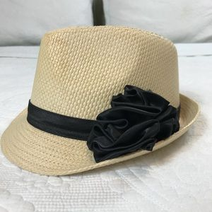 Peter Grimm Accessories - NEW Tan Peter Grimm Fedora with black satin flower